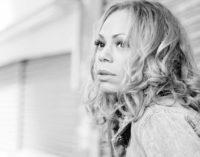 Премьера видеоклипа Alex Mills — Stayed Too Long