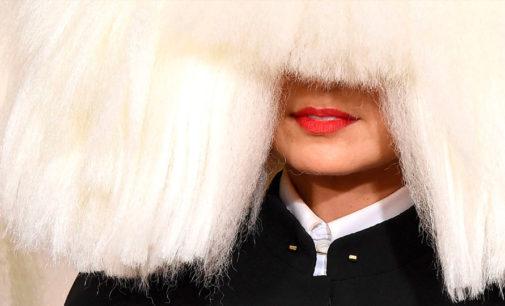 David Guetta и Sia дропнули видео на Flames