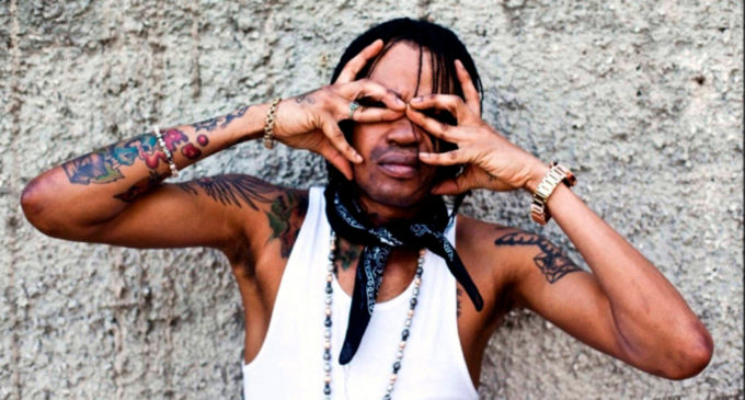 Tommy Lee Sparta – Greasy