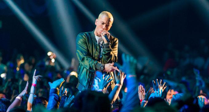 Eminem – Untouchable