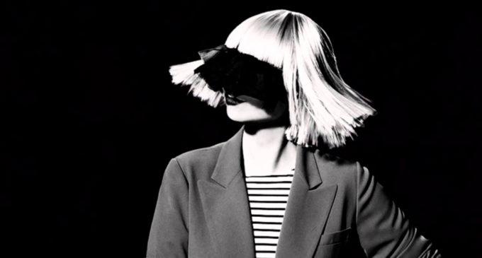 Sia выпустила официальное видео на трек Gonna Fight