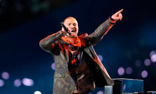 Justin Timberlake устроил грандиозное шоу во время большого перерыва матча Super Bowl