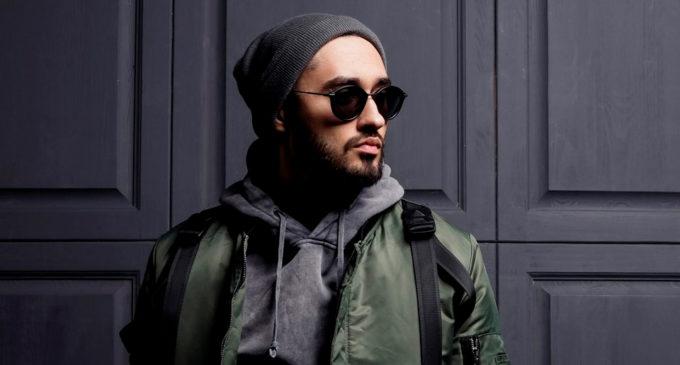 В честь рождения сына Мот выпустил сингл Соло и видеоклип