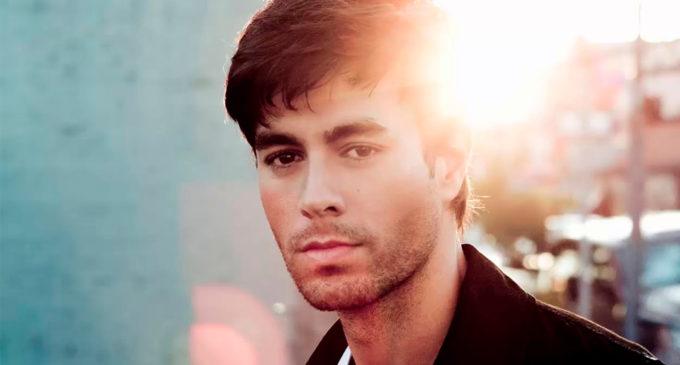 Enrique Iglesias и его новый клип на песню с Descemer Bueno и El Micha