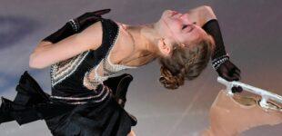 Трусова дважды вошла в Книгу рекордов Гиннесса как первая исполнительница четверного тулупа и лутца