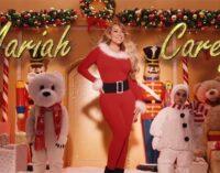 Новости музыки. Mariah Carey выпустила новый клип на свой рождественский хит «All I Want For Christmas Is You»