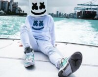 "Marshmello выпустил ""2019 End of Year Mix"""