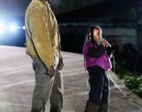 6-летняя дочь Ким Кардашьян и Канье Уэста зачитала рэп на показе Yeezy