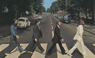 Интересное в мире.  В Лондоне перекрасили переход с обложки The Beatles