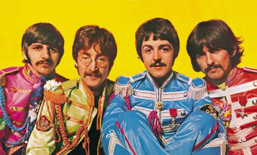 Планета шоубиз. Рукописный текст песни The Beatles продали на аукционе