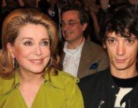 Из жизни звёзд. Во Франции задержали внука Катрин Денев по подозрению в связях с мафией