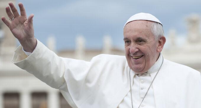 Про религию. Папа римский считает удовольствие от секса или еды «божественным»