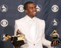 Планета шоубиз. Канье Уэст помочился на статуэтку Grammy и выложил видео