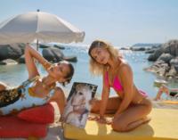 Звездные ароматы. Белла Хадид и Хейли Бибер снялись в кампании Versace