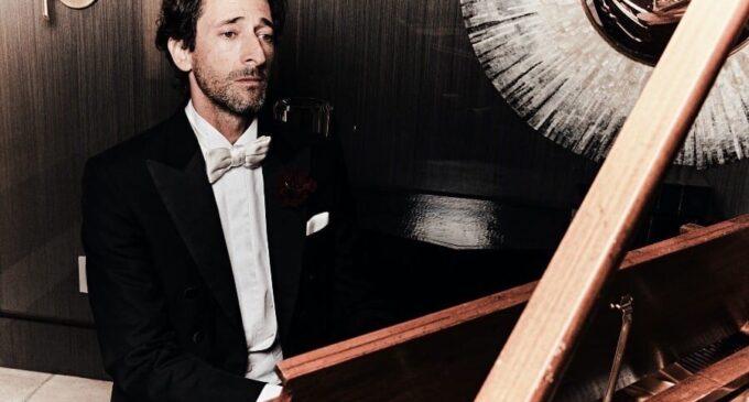 Стиль жизни. Эдриан Броуди в новой фотосессии для мексиканского журнала Esquire