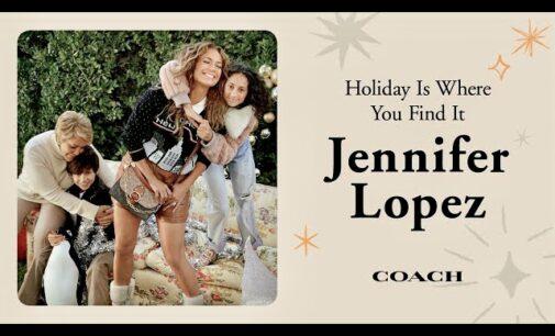 Мода и стиль. Дженнифер Лопес и Майкл Б. Джордан снялись со своими родственниками в рождественской кампании Coach