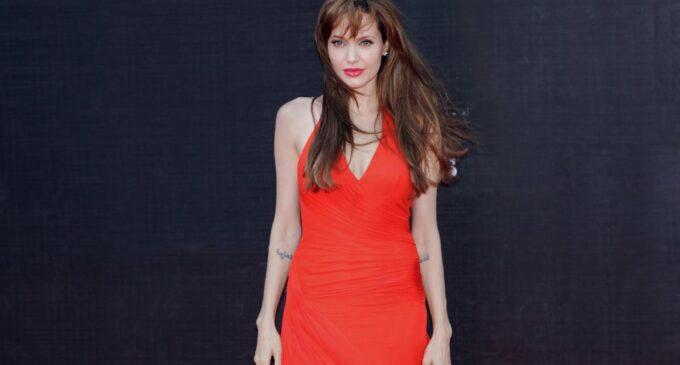 Новости киноиндустрии. Анджелина Джоли и Кристоф Вальц сыграют в экранизации романа Лайзы Дженовы