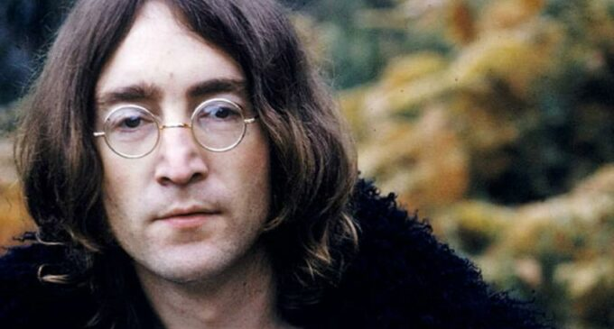 Мировые звёзды. Сегодня 80 лет со дня рождения Джона Леннона