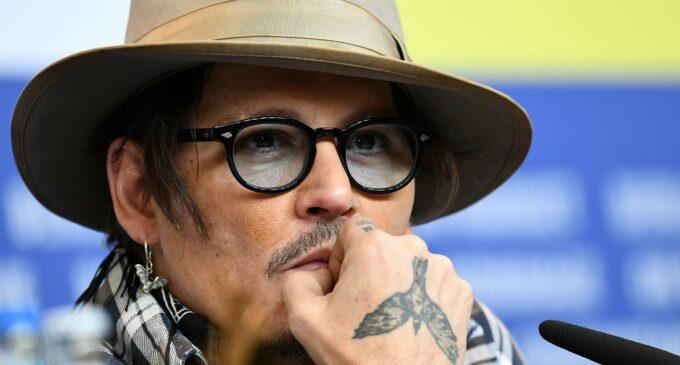 «Эмбер Херд — змея, верните Джонни»: Netflix удалил все фильмы с Деппом