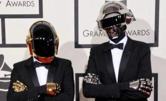 Новости музыки. Дуэт Daft Punk объявил об окончании совместной деятельности