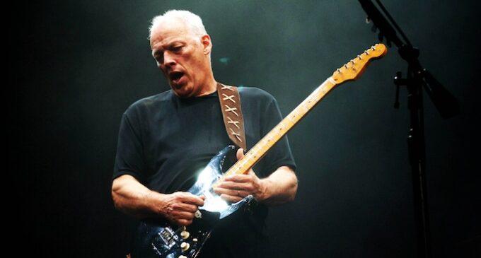 Планета шоубиз. Сегодня исполняется 75 лет солисту и гитаристу группы Pink Floyd Дэвиду Гилмору