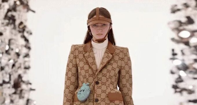 Модная индустрия. Gucci и Balenciaga вошли в число самых популярных брендов начала 2021 года