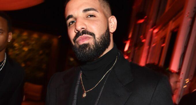 Мода и музыка. Drake выпустил новый мерч к альбому «Certified Lover Boy»