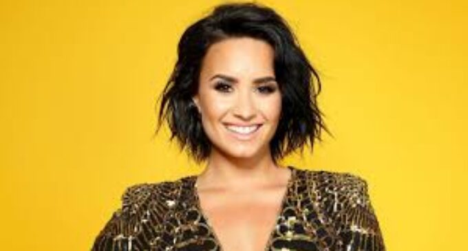 """Музыкальные новинки. Demi Lovato -""""Dancing With The Devil: The Art Of Starting Over"""""""