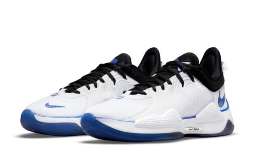 Спорт и технологии. Nike выпустил кроссовки, вдохновленные консолью PlayStation