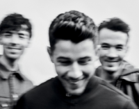 Планета шоубиз. Jonas Brothers выпустят мемуары