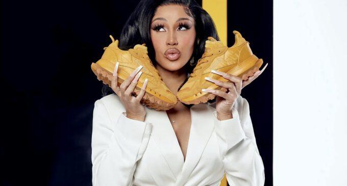 Планета шоубиз. Cardi B и Reebok выпустили кроссовки Classic Leather в золотом цвете