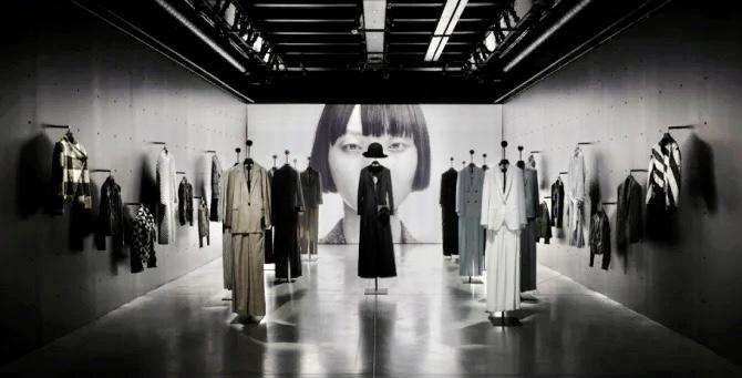 Джорджо Армани отметит юбилей Emporio Armani выставкой и масштабной кампанией