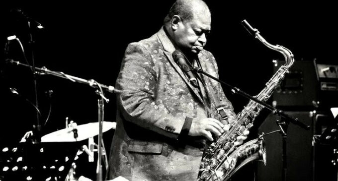 В мире музыки. Умер известный американский саксофонист Альфред Пи Ви Эллис