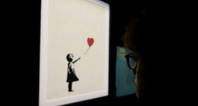 Современное искусство. Christie's выставил на торги «Девочку с воздушным шаром» Бэнкси