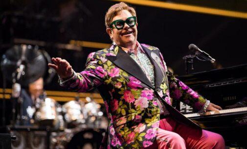 Музыкальные новости. Песня Элтона Джона впервые за 16 лет возглавила британские чарты