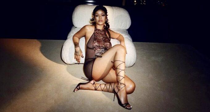 В мире моды. Рианна откроет сеть магазинов белья и косметики собственных брендов